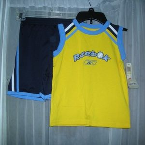 NWT BOYS 4T REEBOK SHORTs and T-SHIRT OUTFIT 4 tod